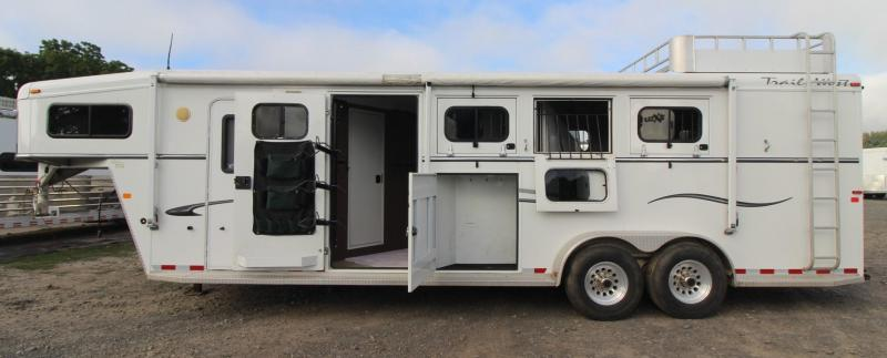 2006 Trails West Sierra 3 Horse Trailer w/ mid-tack & comfort package