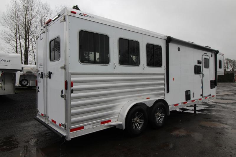 2018 Exiss Escape 7310 w/ Slide out Living Quarters 3 Horse Trailer - Easy Care Flooring - Lots of Upgrades