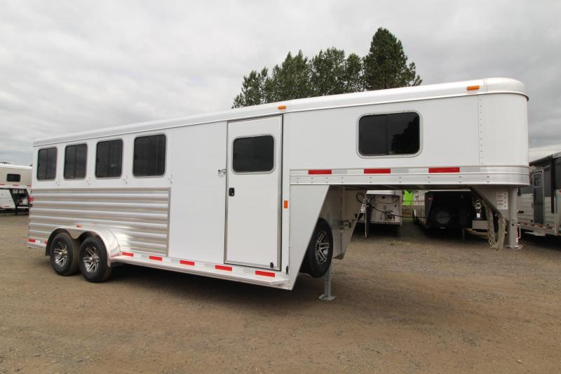"2017 Exiss Express XT - 7'2"" Tall - Extruded Aluminum - Upgraded Windows in Rear 4 Horse Trailer"