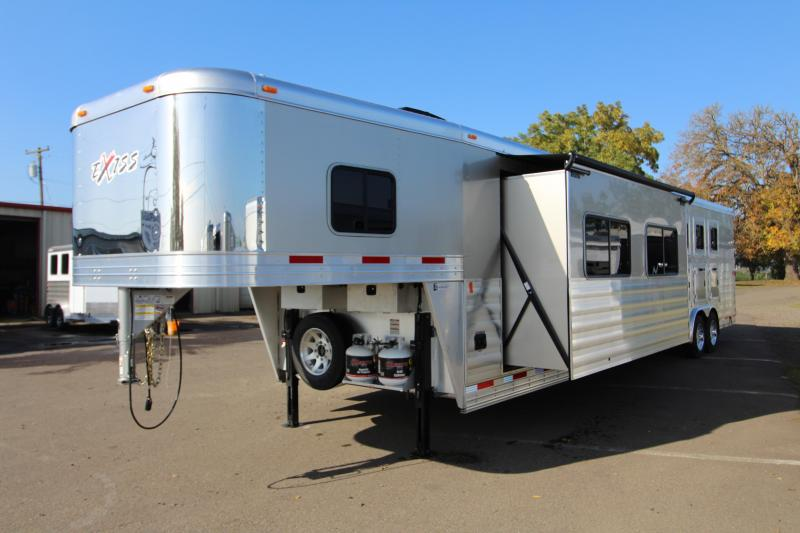2018 Exiss 8416 - 4 Horse - 16' SW LQ w/ Slide Out All Aluminum Horse Trailer - Dinette and Sofa!  TOTAL PRICE REDUCTION OF $4000 in Brookings, OR
