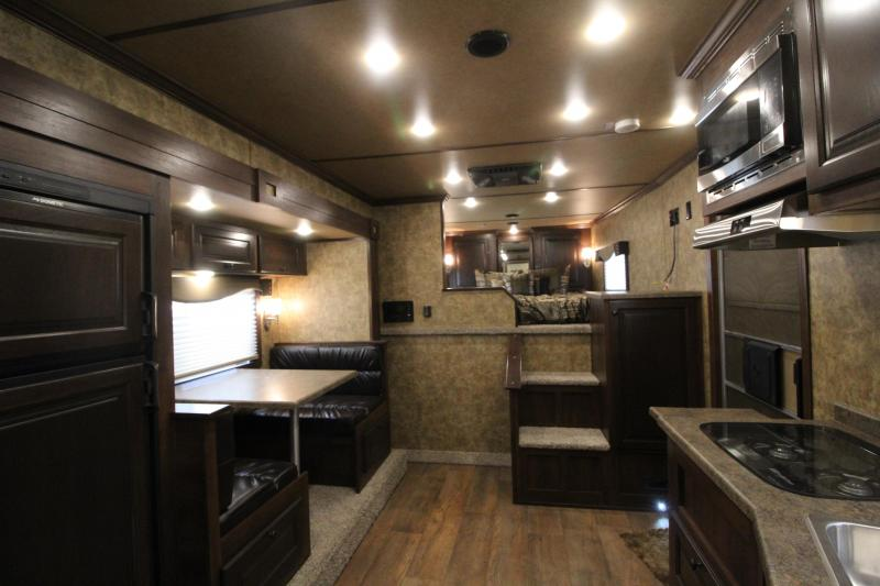 2019 Exiss Trailers 8312 - 3 Horse Trailer with 12' LQ Short Wall w/ Slide Out - All aluminum - Drop Down Tail Side Windows - Easy Care Flooring - 28