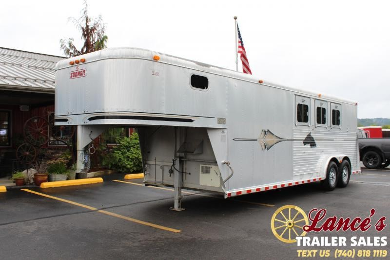 1995 Sooner 3 Horse Trailer w/ Living Quarters