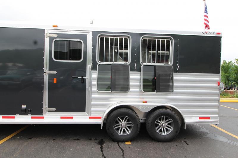 2019 Exiss Express 7311 3 Horse Slant Load LQ