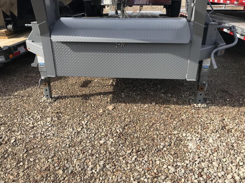 2018 Diamond C FMAX 207 25' Equipment Trailer J1200572
