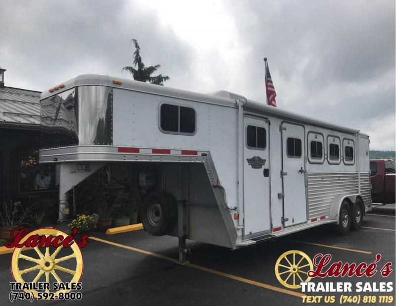 2000 Featherlite 3 HORSE W/ LQ Horse Trailer