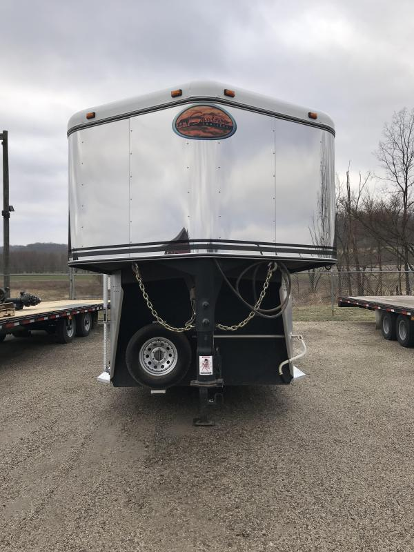 2004 Sundowner 2 Horse Straight Load 41VC0727