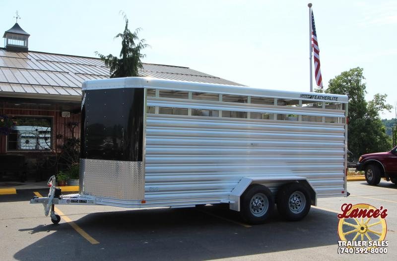 2018 Featherlite 8107 16' Livestock Trailer