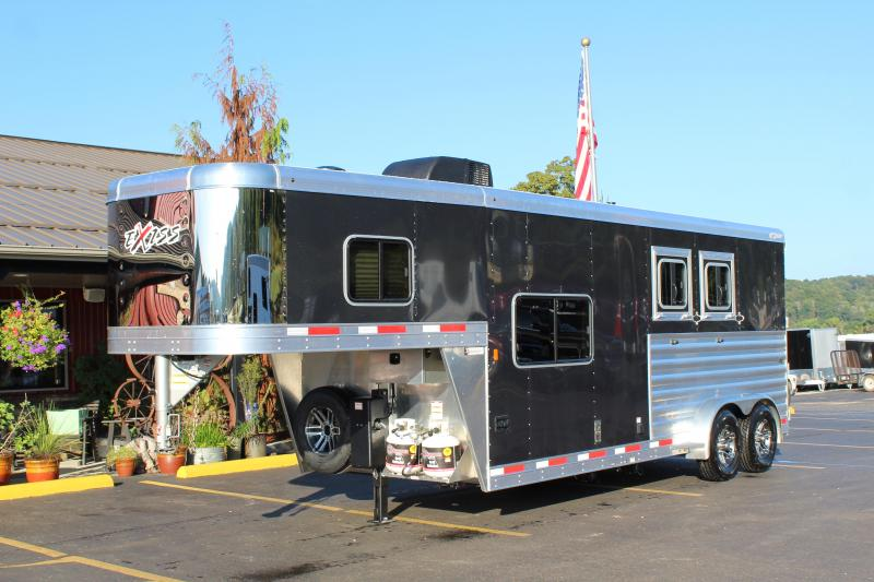 2020 Exiss Escape 2 Horse w/ 8' Shortwall Living Quarters