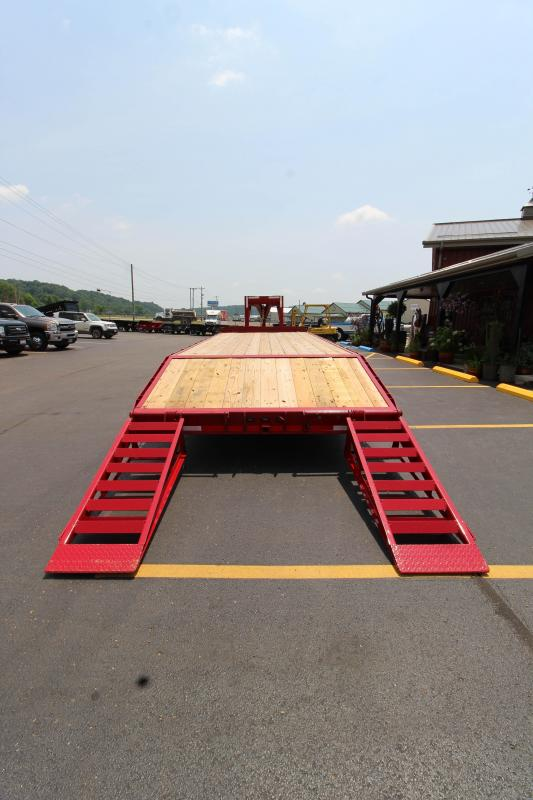 2018 Golden 25' 10K Gooseneck Equipment Trailer JE072371