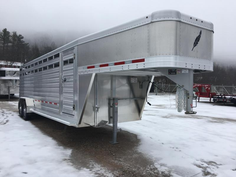 2019 Featherlite 8117 24' Livestock Trailer KC151212