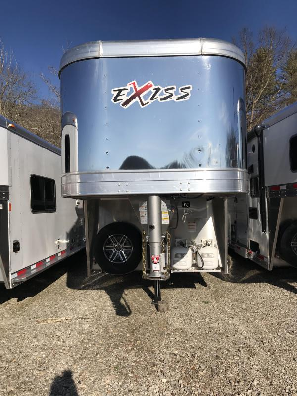 2019 Exiss Escape 7308 3 Horse Slant Load Trailer K5071006