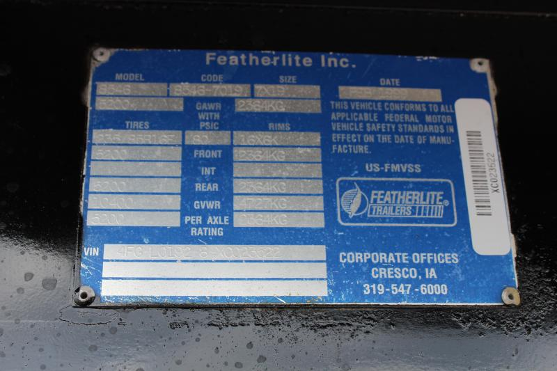 1999 Featherlite 3 Horse GN Slant Load Trailer