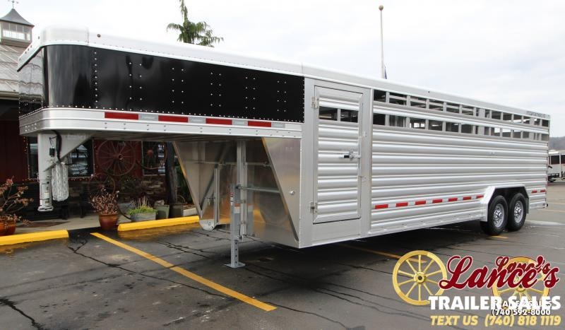 2019 Featherlite 8127 8x24 Show Cattle Trailer KC151520
