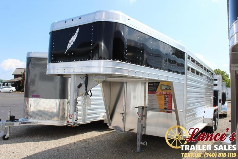 2019 Featherlite 16' Livestock Trailer
