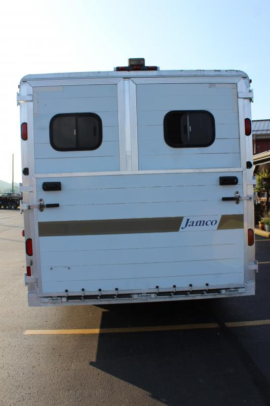 2000 Jamco 3 Horse Slant Load Trailer