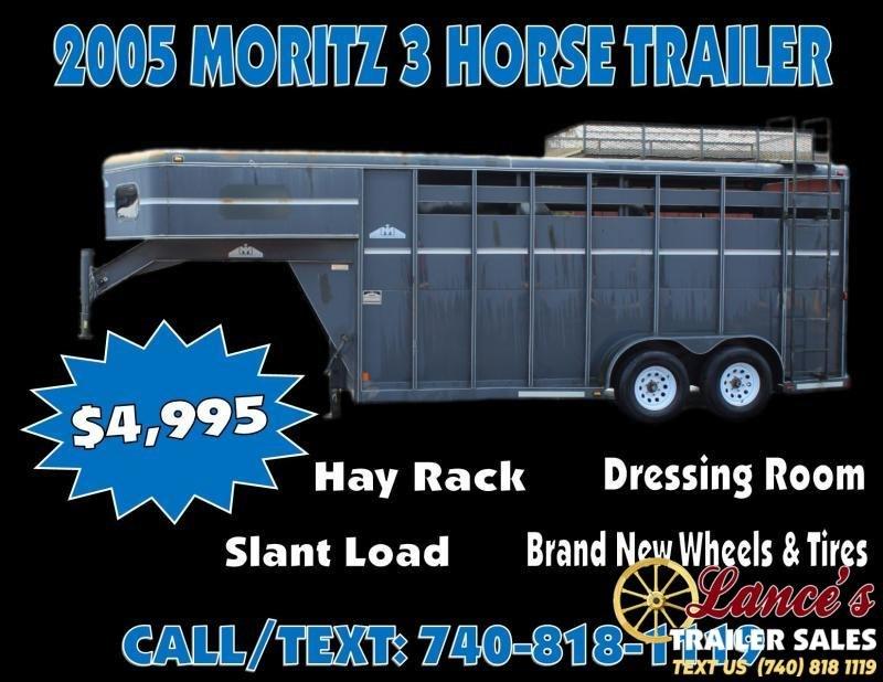 2005 Moritz 3 Horse Slant Load Trailer