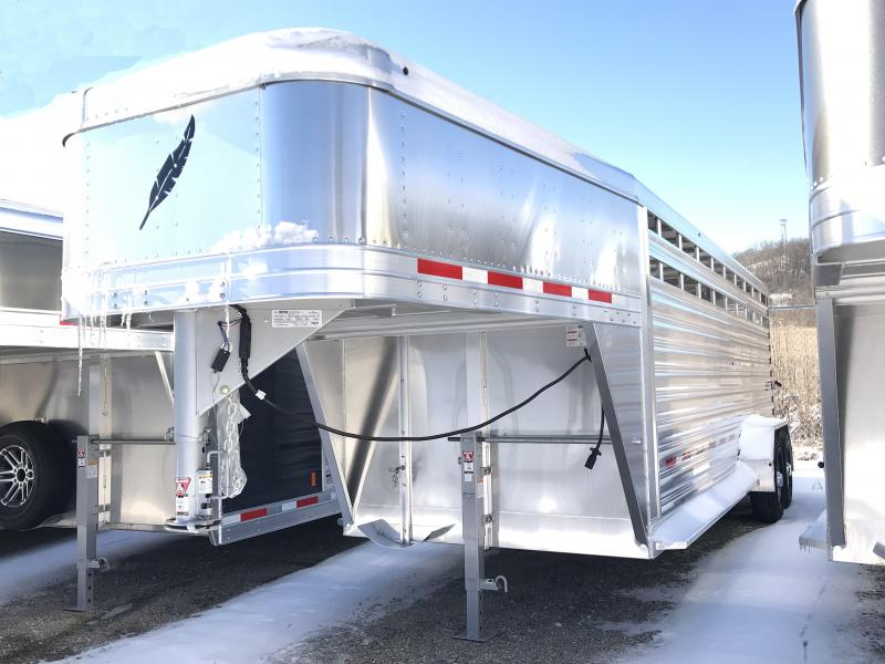 2019 Featherlite 8117 20' Livestock Trailer KC151201
