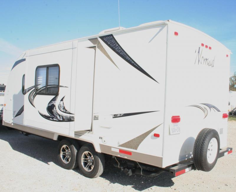 2011 Skyline Nomad Joey Select 204 Expandable Camper Trailer