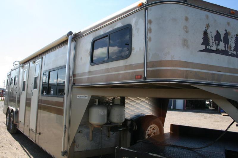 1992 Other 2H Horse Trailer in Ashburn, VA