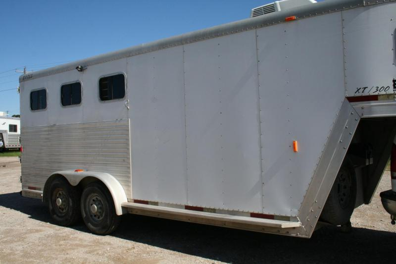 2002 Exiss Trailers Event XT300