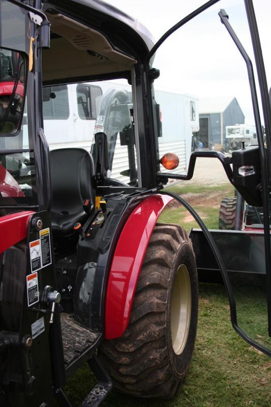 2018 Yanmar YT235C Tractor