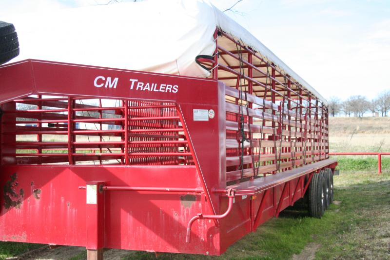 2005 CM Brush Buster BT Livestock Trailer