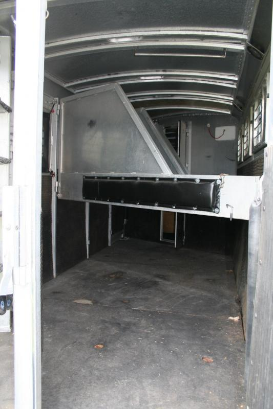 1999 4-Star Trailers 4H Horse Trailer