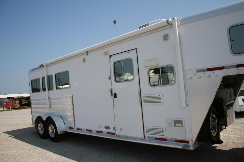 2013 Featherlite Sierra Interior Horse Trailer
