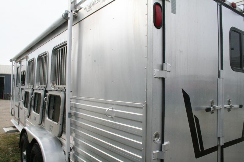 2001 Cherokee Trailers Invasion Horse Trailer