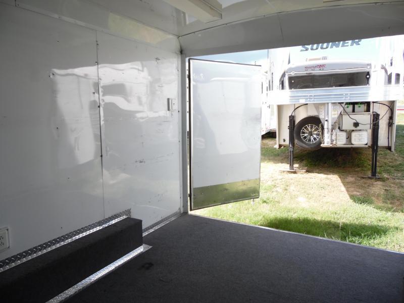 2007 Magnum Magnum Enclosed Cargo Trailer