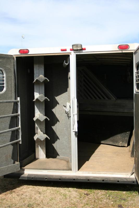 2000 Bloomer Trailer Manufacturing 4H Horse Trailer