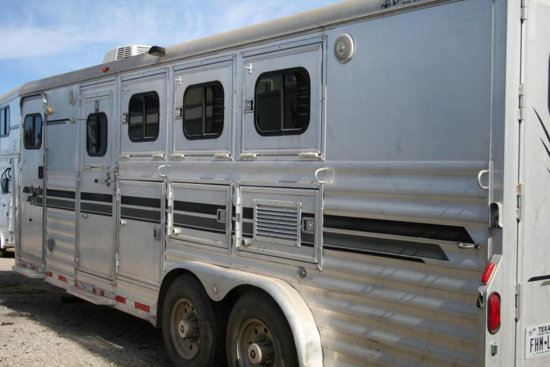 2000 Bloomer Trailer Manufacturing 4H Horse Trailer in Ashburn, VA