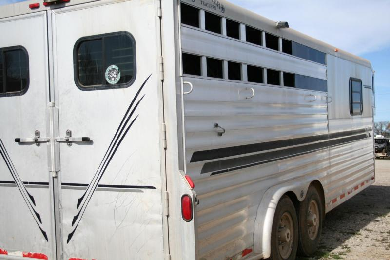 2000 Bloomer Trailer Manufacturing 4H Horse Trailer
