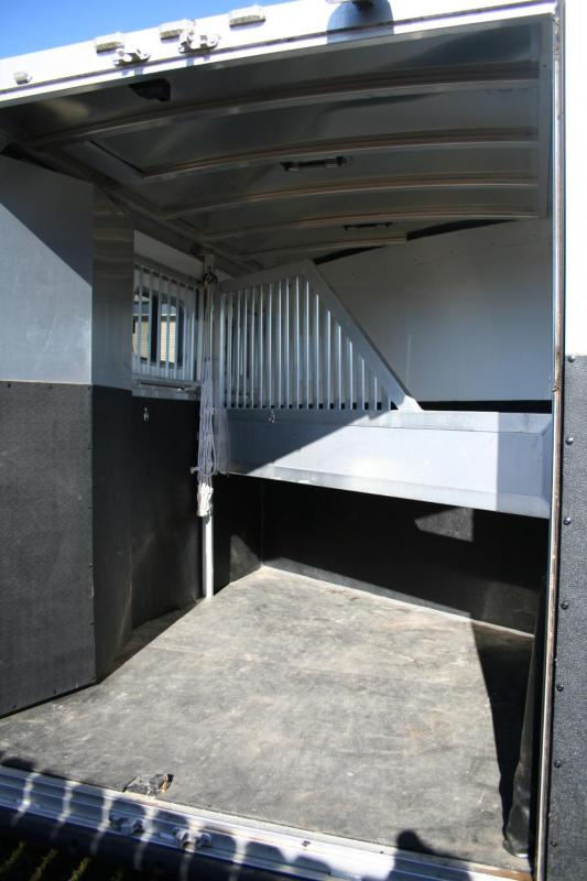 2014 Sooner SE 2H BP Horse Trailer