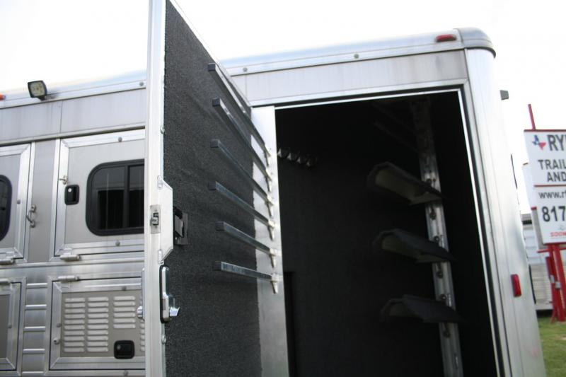 2015 Hart Tradition Horse Trailer