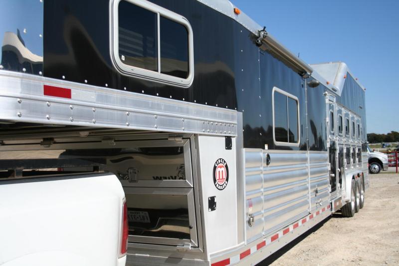 2016 Platinum Coach Outlaw Conversations Horse Trailer