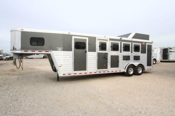 2016 Hart Tradition 4H Smart Tack Horse Trailer