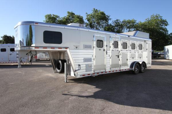 "2018 Hart Tradition 4H 6'6"" SW Jackpot LQ Horse Trailer in Ashburn, VA"