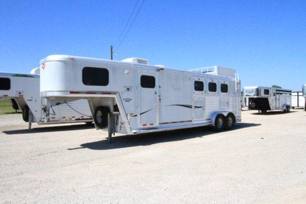 2001 Hart 3H 10' SW LQ Horse Trailer in Ashburn, VA