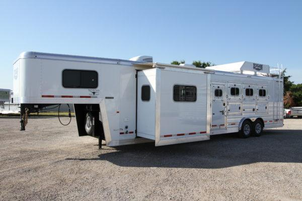 2019 Loagn 4H 12' SW LQ Horse Trailer w/Slide Out