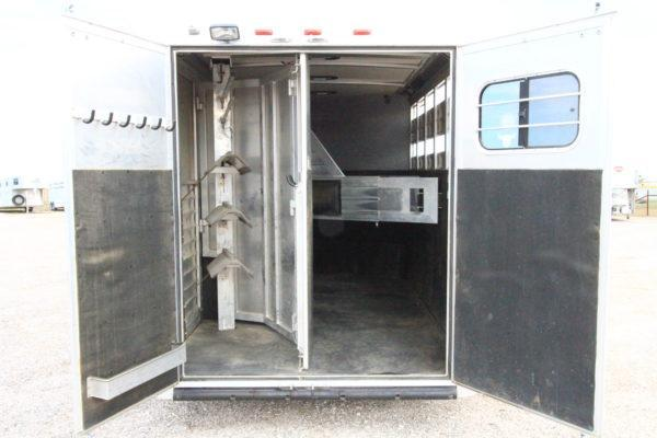 2009 Hart 3H GN Weekend Package Horse Trailer