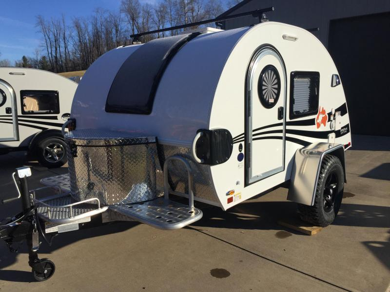 Campers Rvs Mountaineer Trailer Sales Trailer Dealer