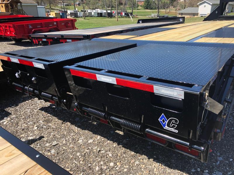 2020 Diamond C Trailers FMAX210MR30X102 Equipment Trailer
