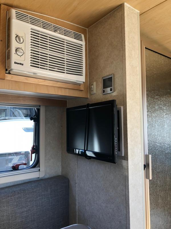 2019 nuCamp T@B 320 S BD LITE Travel Trailer