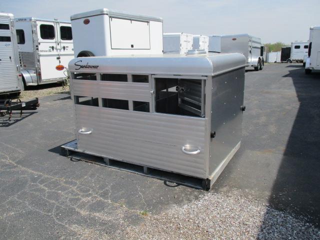 2017 Sundowner Livestock Box 6'
