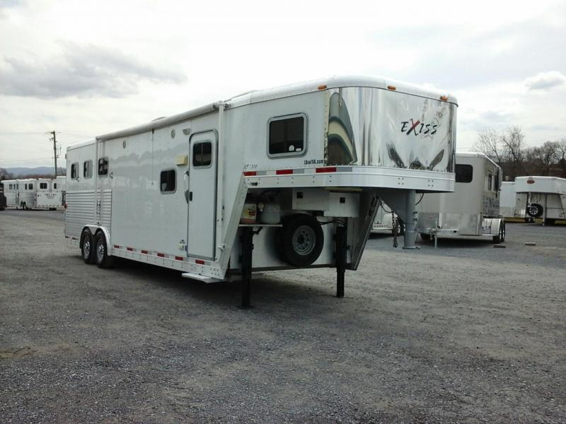 2005 Exiss Trailers 3H GN LQ310 Horse Trailer in Ashburn, VA