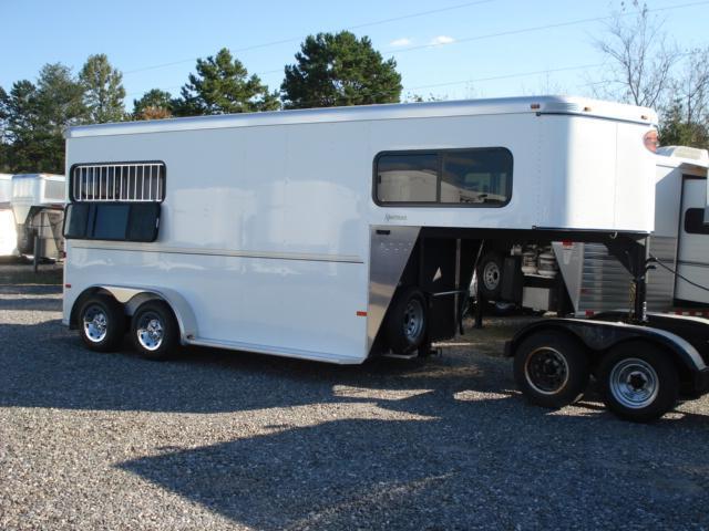 2012 Sundowner Trailers 2H Sportman Horse Trailer in Ashburn, VA