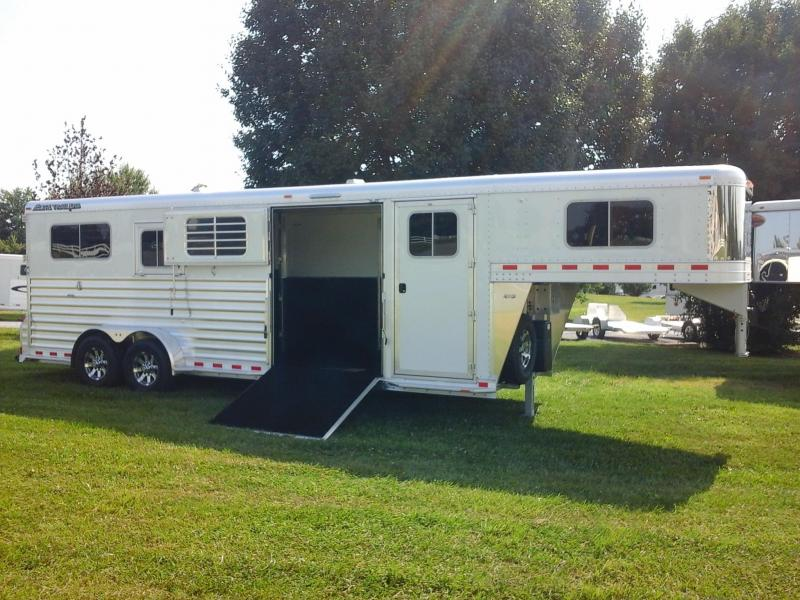 2019 Elite Trailers 2+1 Horse Trailer in Ashburn, VA