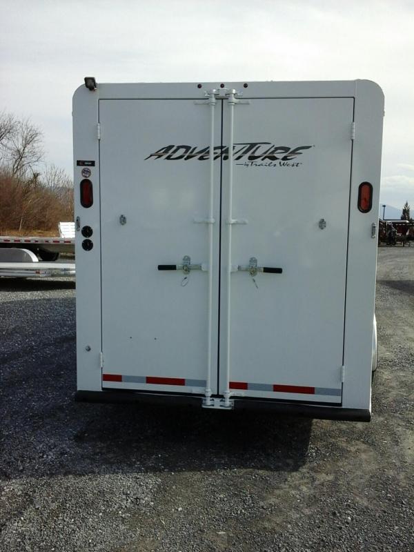 2019 Trails West Manufacturing Adventure MX 4 Horse Horse Trailer