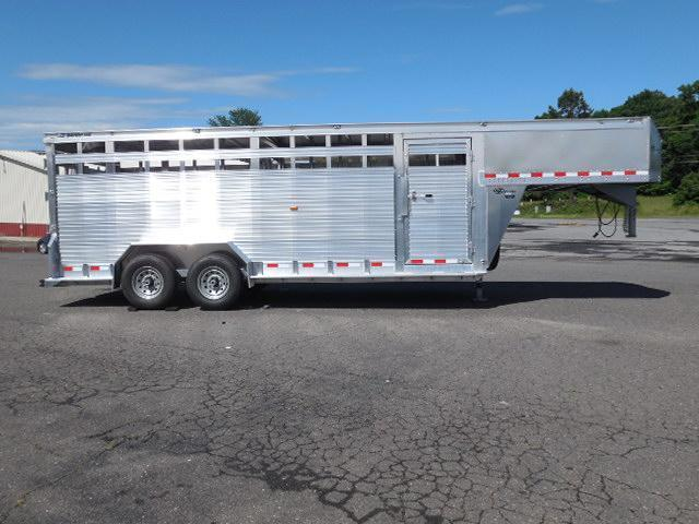 2017 Barrett Trailers 20ft Livestock Trailer